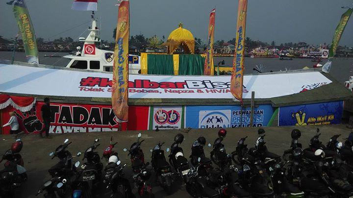 karnaval-khatulistiwa-bkkbn2