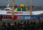 Maskot #kalbarBisa dan Tadak Kawen Mude ikut memeriahkan Karnaval Khatulistiwa